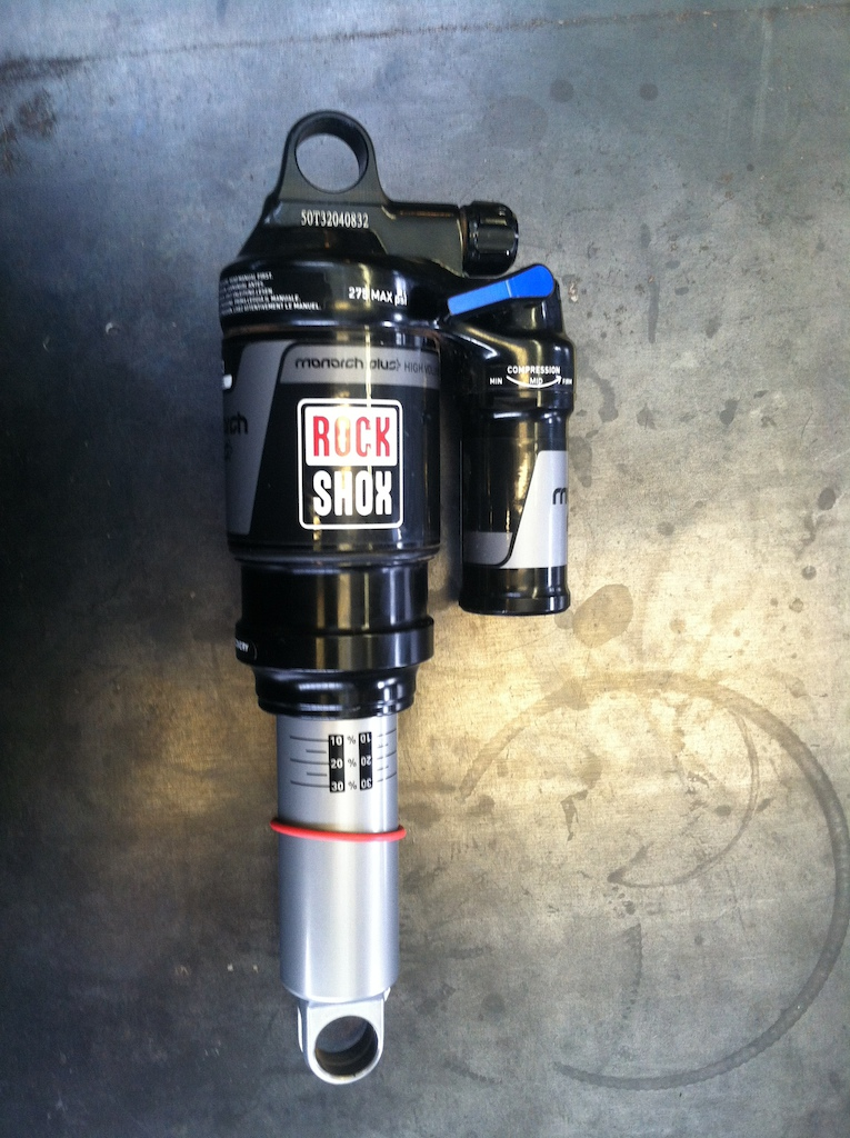 2014 Rockshox monarch plus. 7.875x2.0 med/med, rapid recovery
