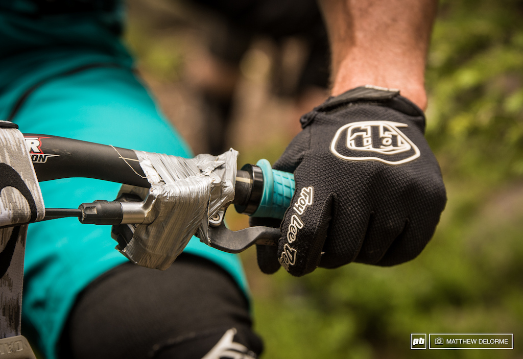 New product alert be on the lookout for the new Shimano XTR DIY brake mounts. Run by top EWS pros.