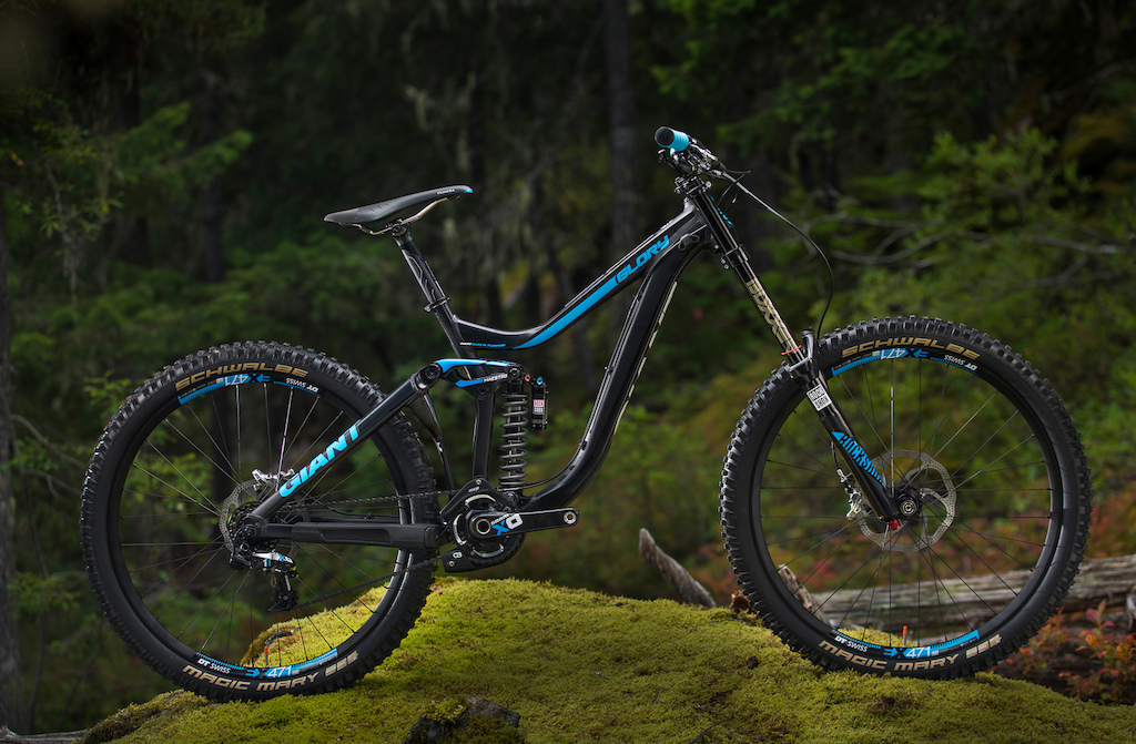 2d0a19814a5 First Look: Giant Reign and Glory 27.5 - Pinkbike