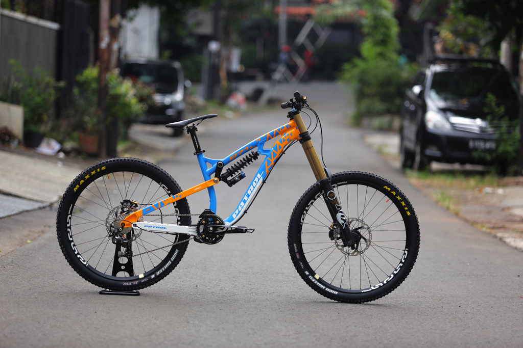 police mountain bike patrol essay Free essay: running head: police patrol purpose and  his superiors that  mountain bikes could be a viable patrol vehicle in the.