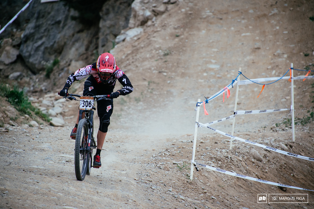 Anneke Beerten going full gas for the finish aboard her brand spanking new 650b Specialized Enduro.
