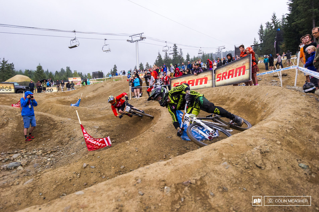 The same story unfolded in the Men s Final Barry Nobles seems to have Ropelato in a death grip here but each racer gets a run down each course and the blue course is a bit faster.