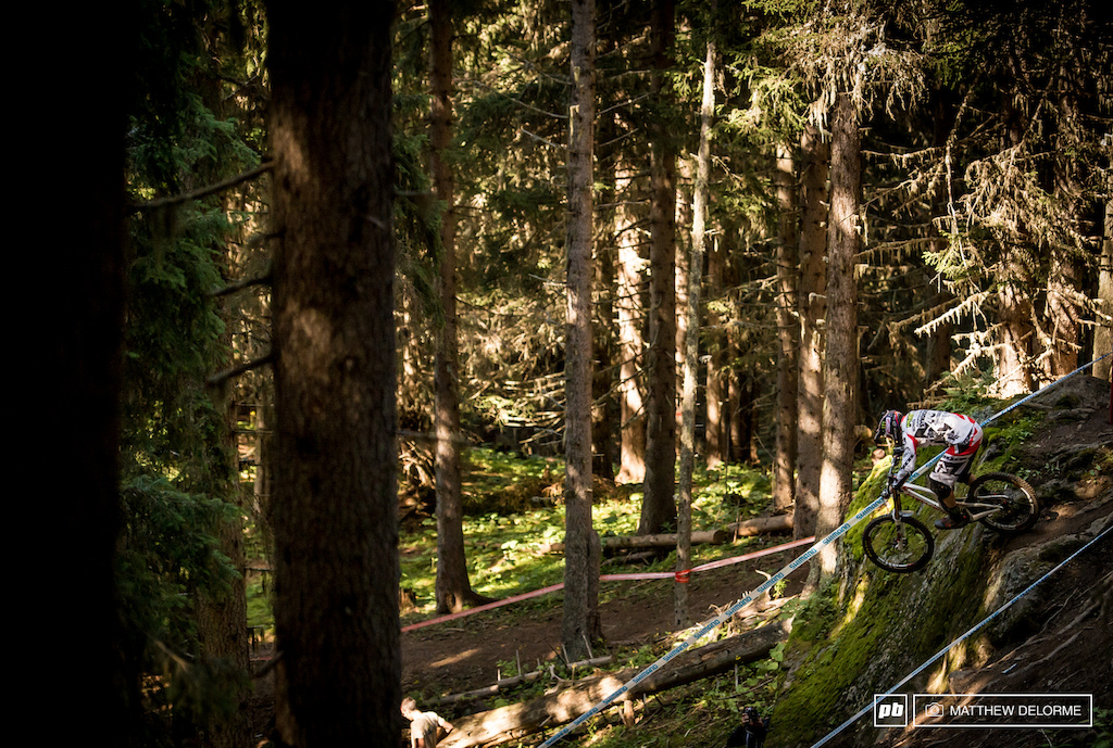 Steve peat was charging hard today. He looked comfortable and fast on the new course.
