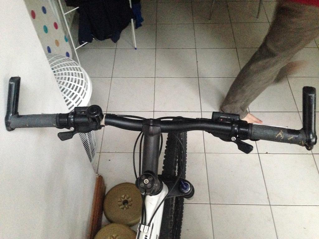 0 Trek Series 6 mountain bike
