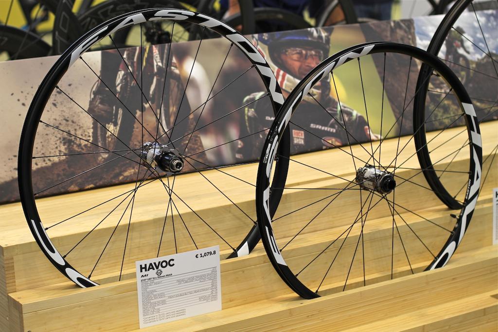 Easton 27.5'' Havoc wheels