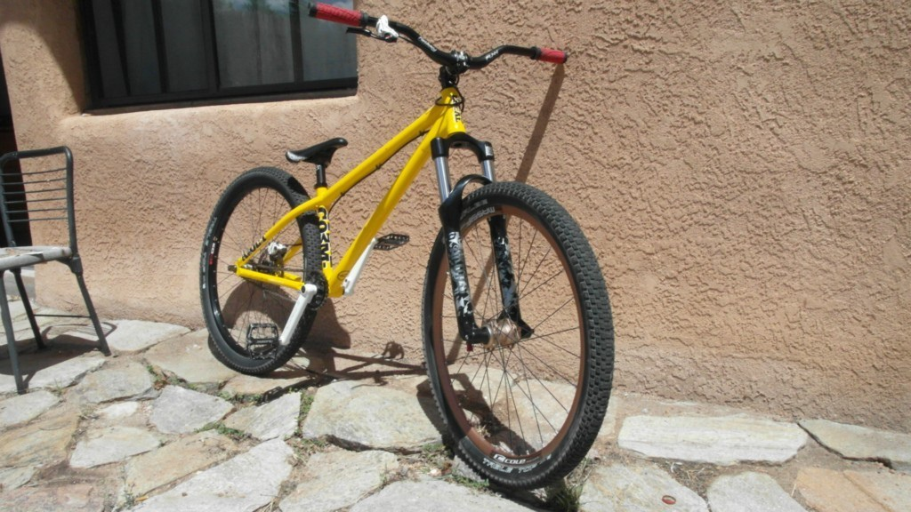 2010 Commencal Absolute CroMo Dirt Jumper