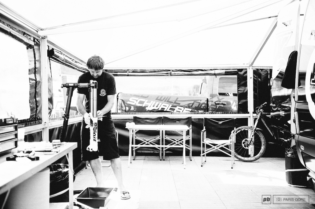 Ariel Lindsley giving Ratboy s fork a final prep. A hard day s work paid off with Ariel taking the win at the industry and media World Championships today too