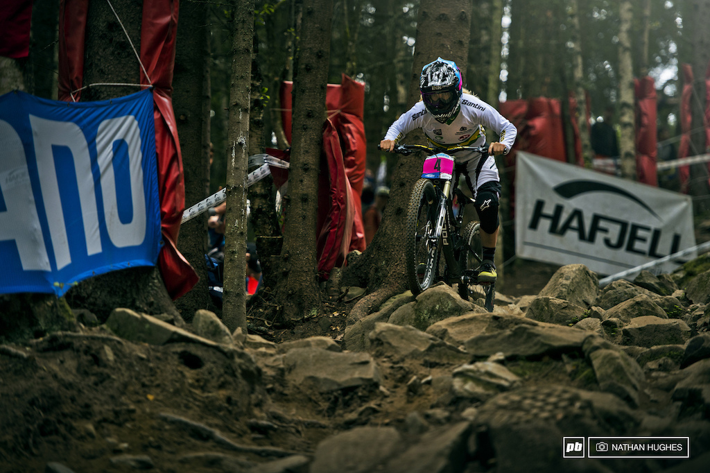 Tracey Hannah took the safer but slower outside line through the rock garden. This and perhaps one other safe option somewhere else on track could have cost her a medal as she was just 3 seconds of Seagrave s bronze. Then again plenty of riders threw down all their chips and paid the price this weekend. Fourth s no bad deal