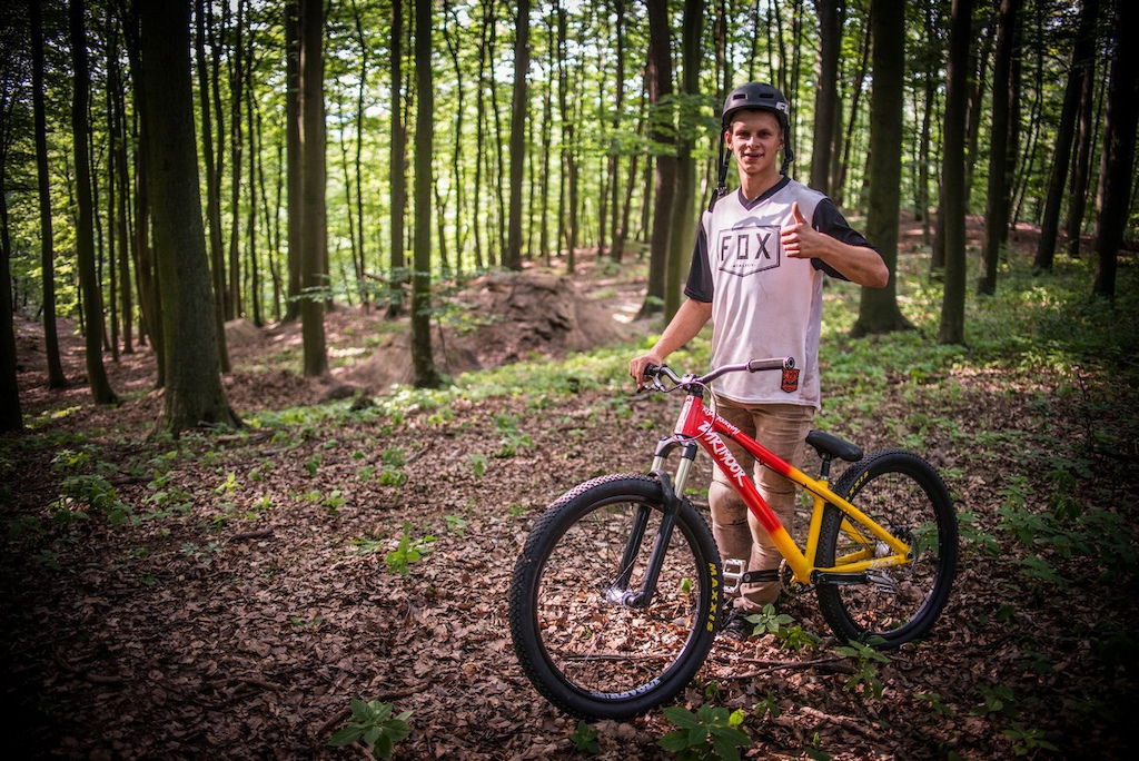 Ride Your Way - 26Players Daniel amp Oskar - What Is Your Motivation for Riding Forward