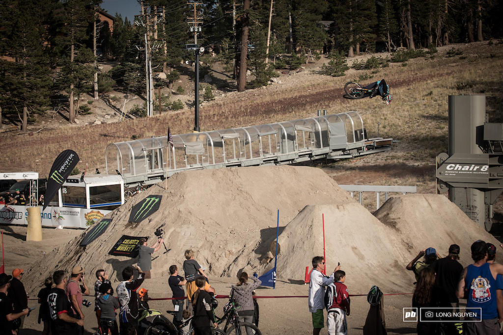 Alex Reveles throwing a steezy 360 on Heat 1 of the finals. Josh Holt had an off the bike moment but wasn t too far behind Alex.