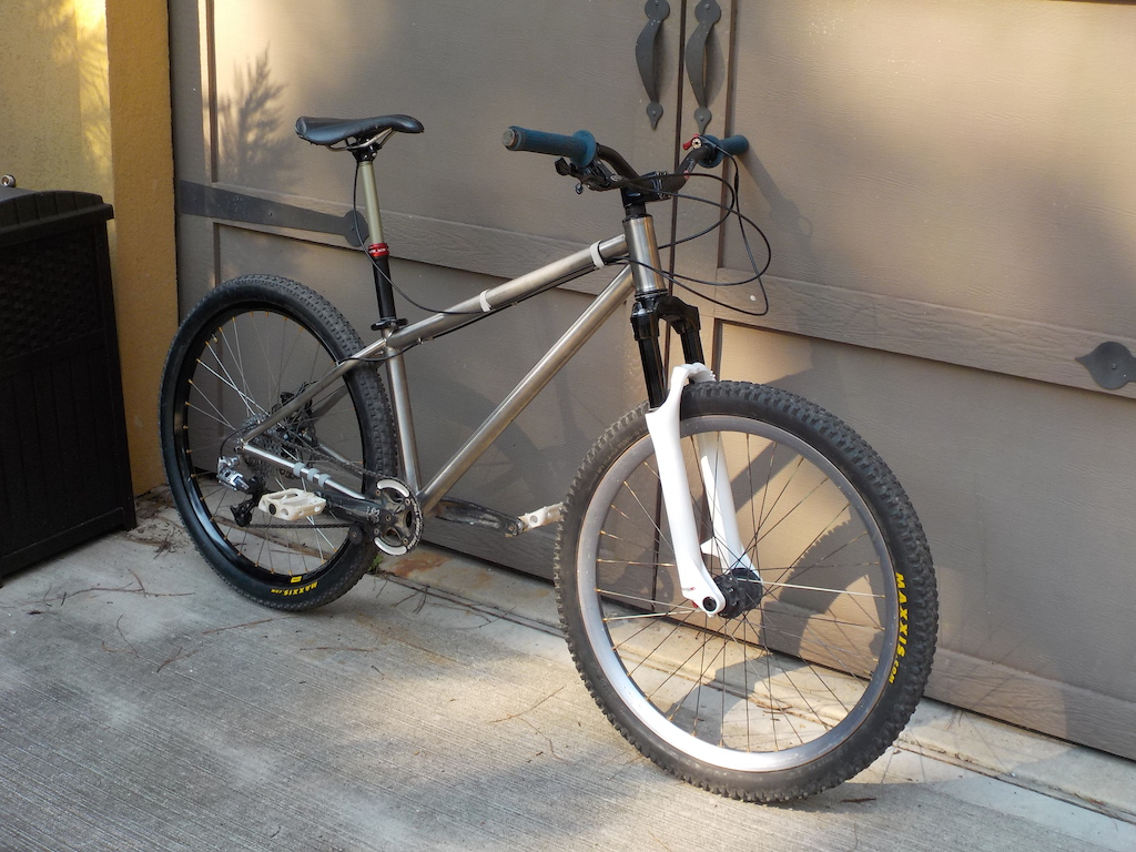 Stout bikes Titanium jumpy trail bike