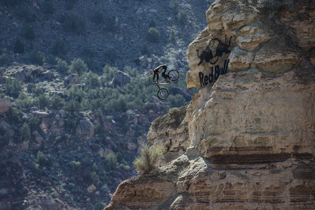 Brandon Semenuk rides at finals during Red Bull Rampage in Virgin Utah USA on 29 September 2014. Christian Pondella Red Bull Content Pool P-20140930-00142 Usage for editorial use only Please go to www.redbullcontentpool.com for further information.