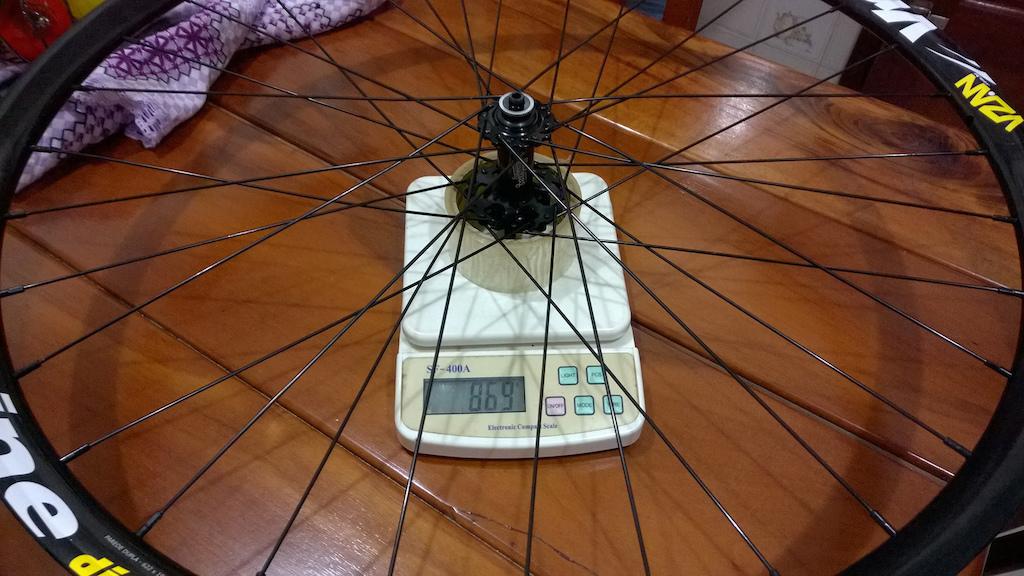 Front 29er Low Value Wheel - Circus Monkey HDW2, Chinese Spokes, Vzan Vnine Rim