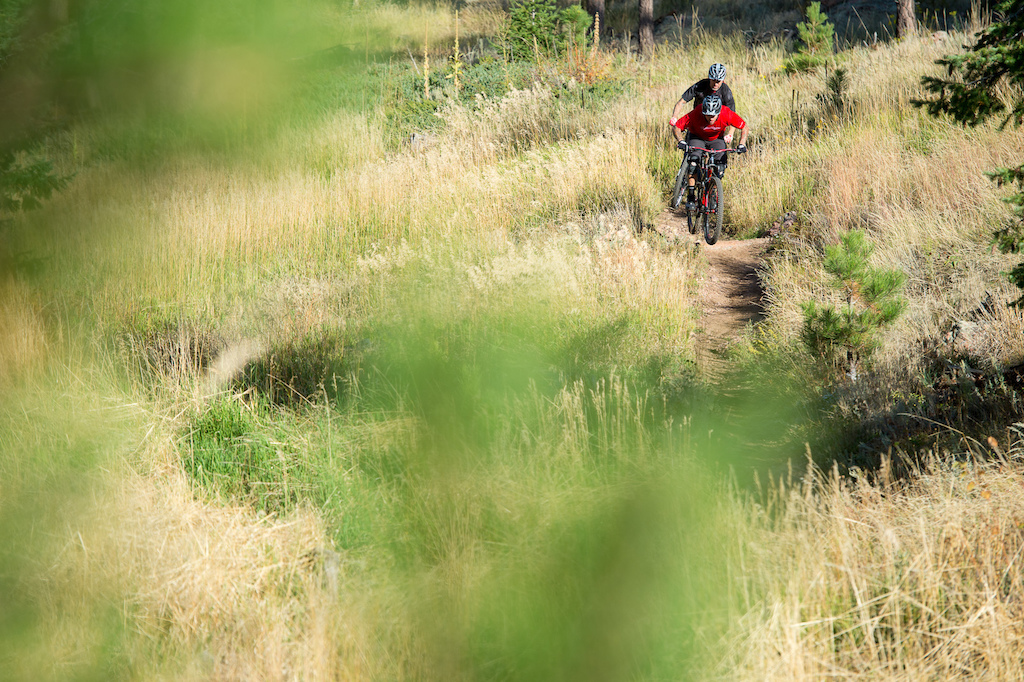 Nate Adams and Stu Travis ride the Niner Bikes WFO 9 in Horsetooth Mountain Park near Fort Collins