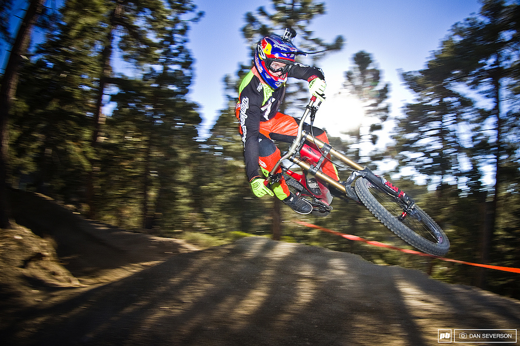 Aaron Gwin: California Dream'n images.