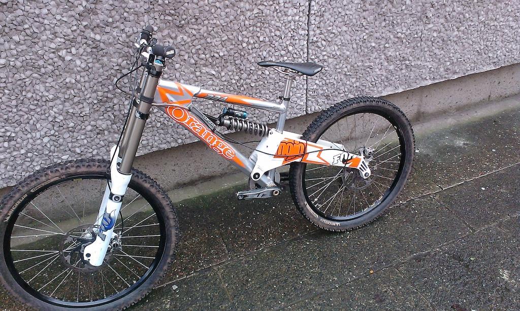 2012 Orange 224 Evo