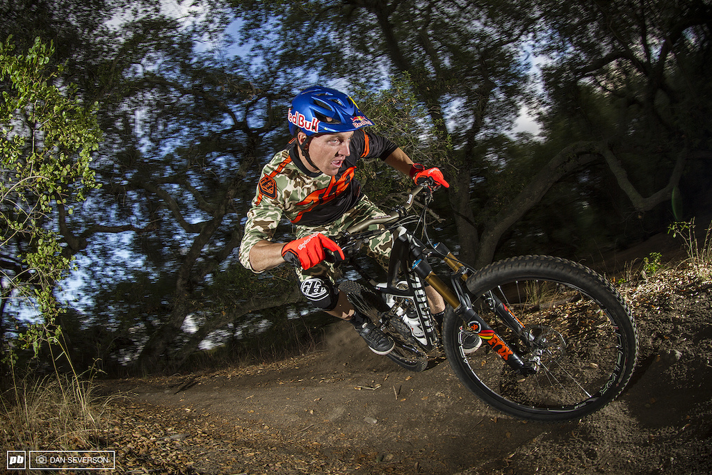 49f3566cc3d California Dreamin' with Aaron Gwin - Pinkbike