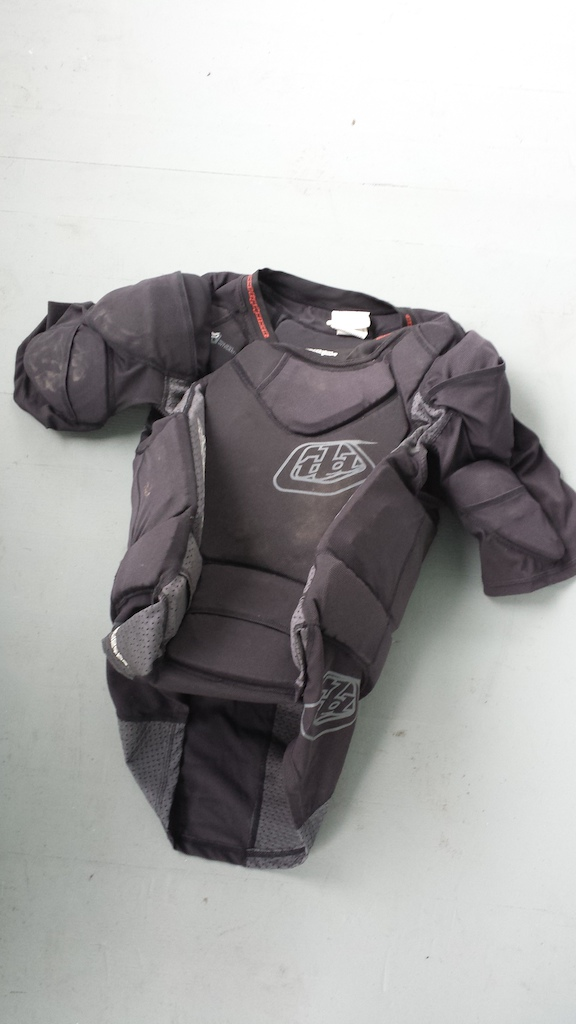 2013 Troy lee designs chest protector shirt [large]