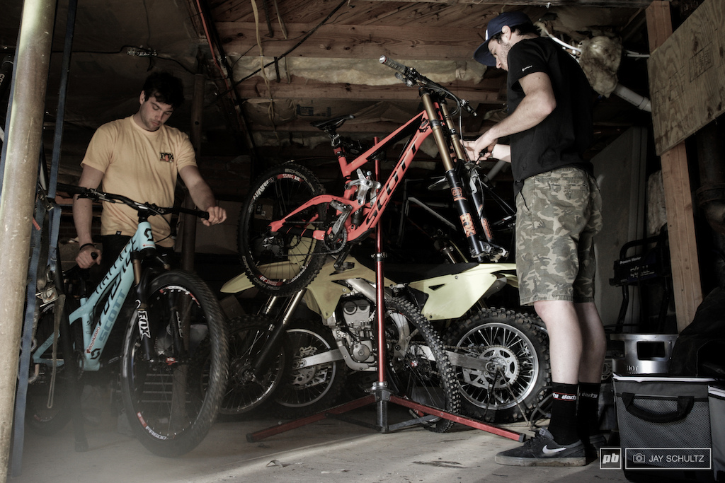 The New Wrench Both the Mulally s are going global in 2015. Little brother Logan is Neko s 2015 Gstaad-Scott WC mechanic. It will be an interesting dynamic as one thing is for sure no one knows the other better. Formula for further success It just might be.