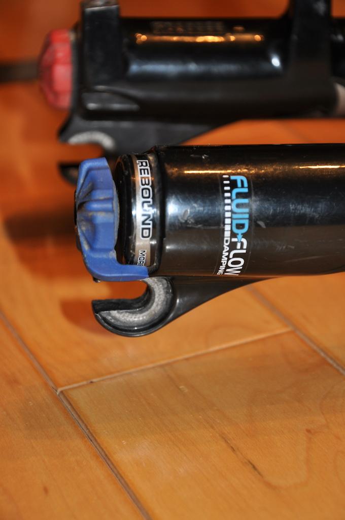 0 Manitou Black Comp 100-120mm 9mm QR (1.1/8)