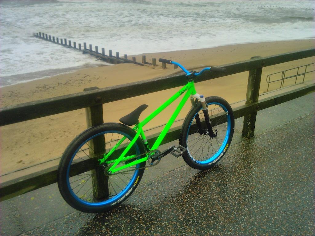 green bike being green. few newish/different bits