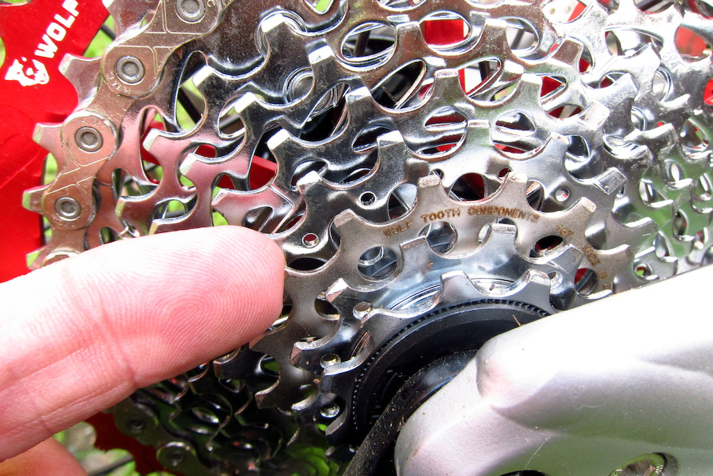 Wolf Tooth Components 16t cog 2015