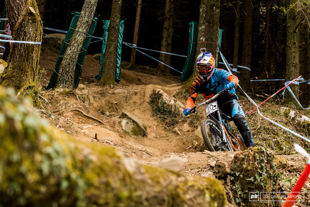 With a win a few weeks ago at Crankworx New Zealand we know Loic Bruni is up to pace this season but the field in Lourdes is stacked and there are probably 15 guys here who all have a shot at winning.