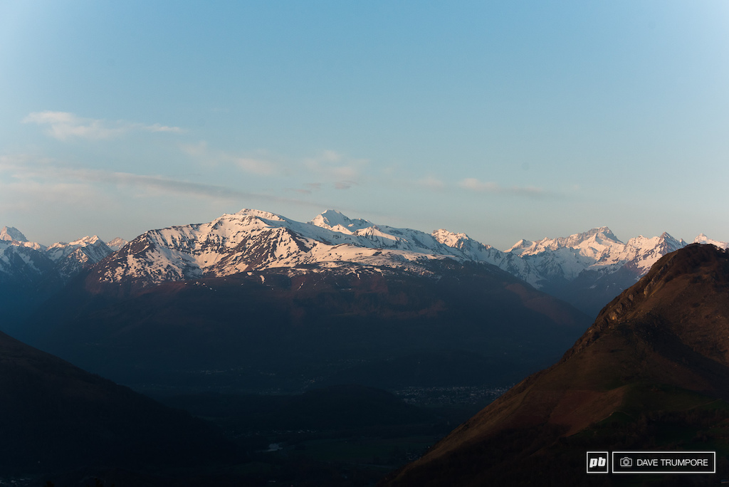 The Alpin Glow of the Pyrenees greets you as you step off the uplift at the top of the track during the early morning hour of the first practice session.