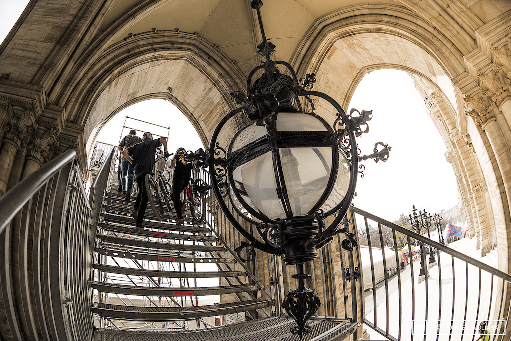 We all know that Vienna is a lovely city but placing chandelier in the middle of the stairs