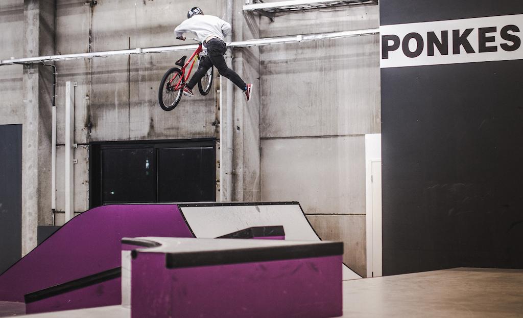 Antti Rissanen flips out