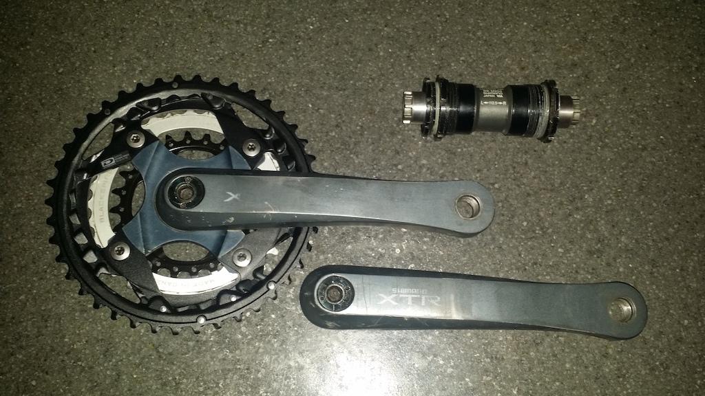 0 Shimano xtr m952 crankset and bottom bracket