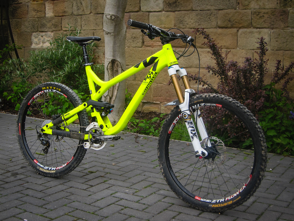 2013 Commencal Meta AM VIP - Top Spec - Large for sale   http://www.pinkbike.com/buysell/1773980/