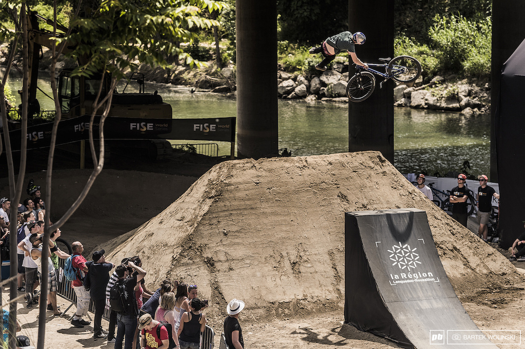 Cleanlander with a clean 360 whip on the last set. Lack of mid tricks didn't let the Swede on the top steps this year.