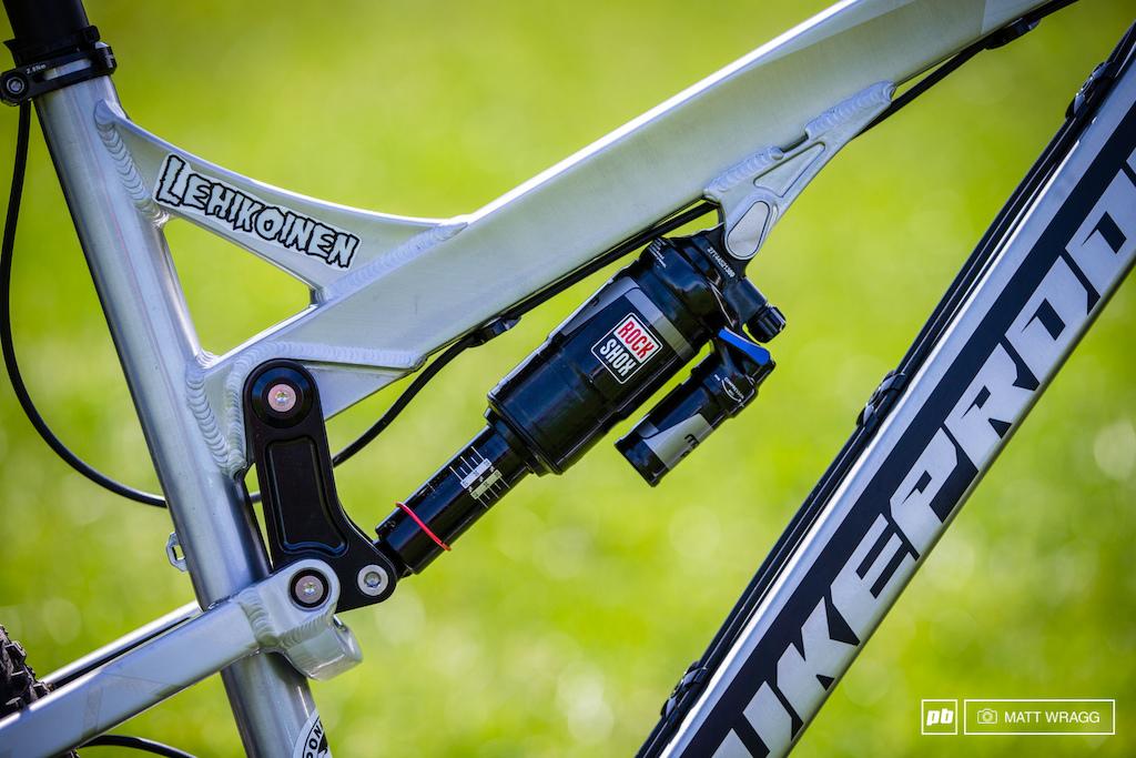 EWS bike checks