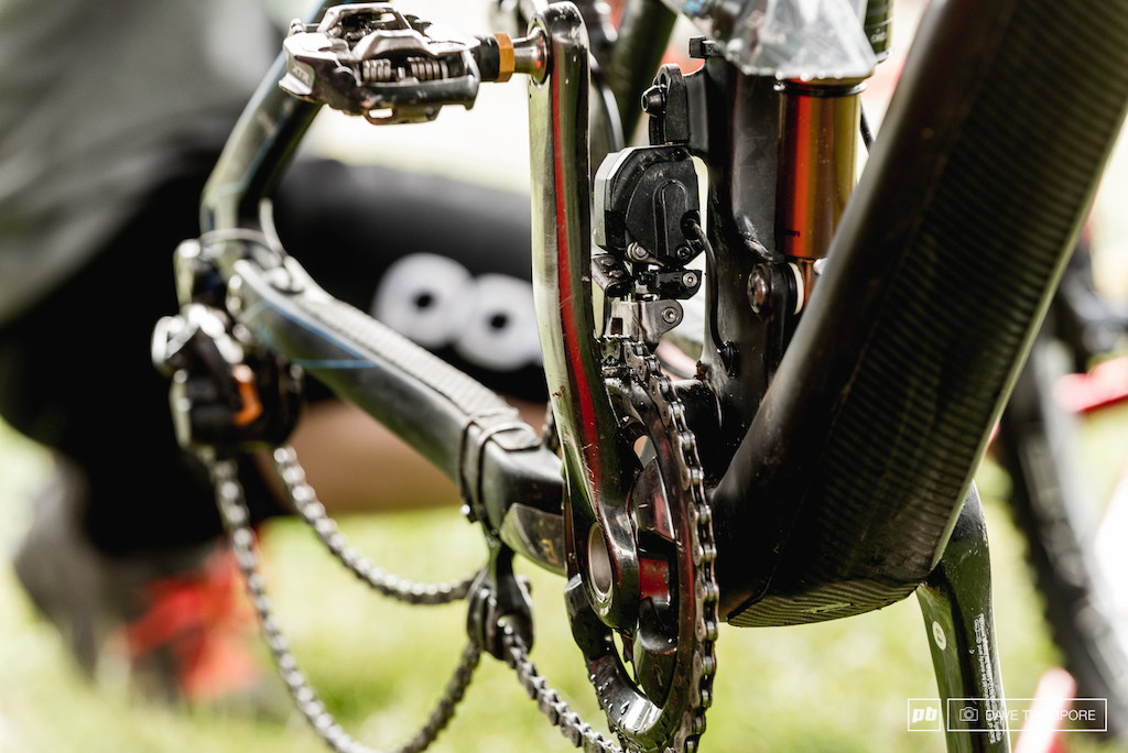 Shimano Di2 on Nico Lau s bike which in his own words in amazing in the mud.