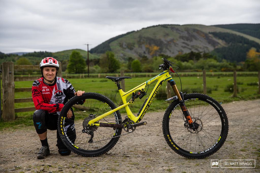 Jesse Melamed bike check