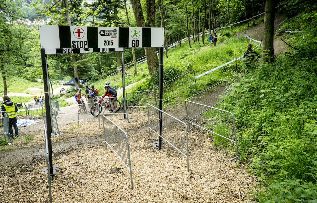 This being Germany, there will be order at the track crossings. Not like the chaotic crossings of Nove Mesto.