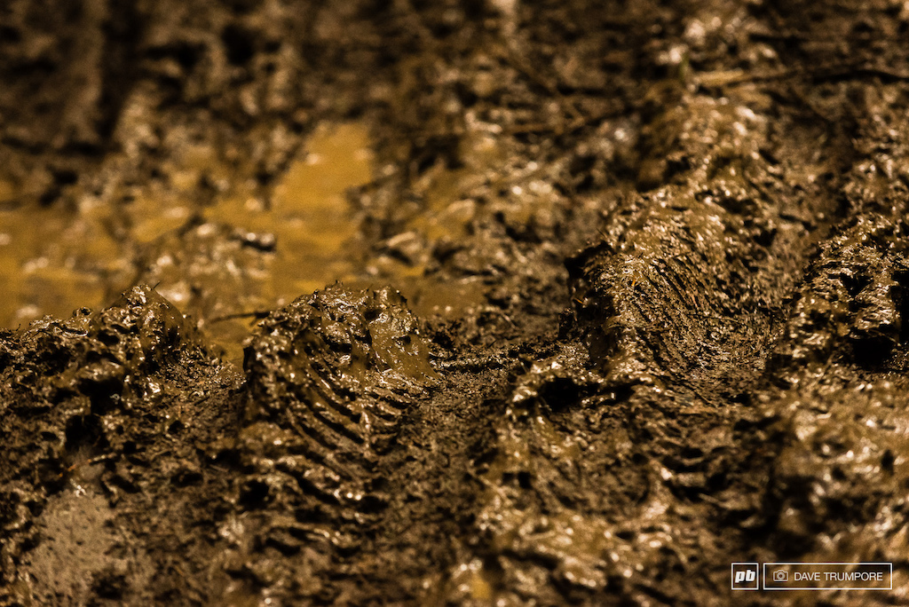 This is what fresh loamy dirt looks like after a night of rain and a few hundred racers.  It's quite safe to say the conditions on Sunday could not have been any more different to the dusty and tacky tracks ridden one day prior.