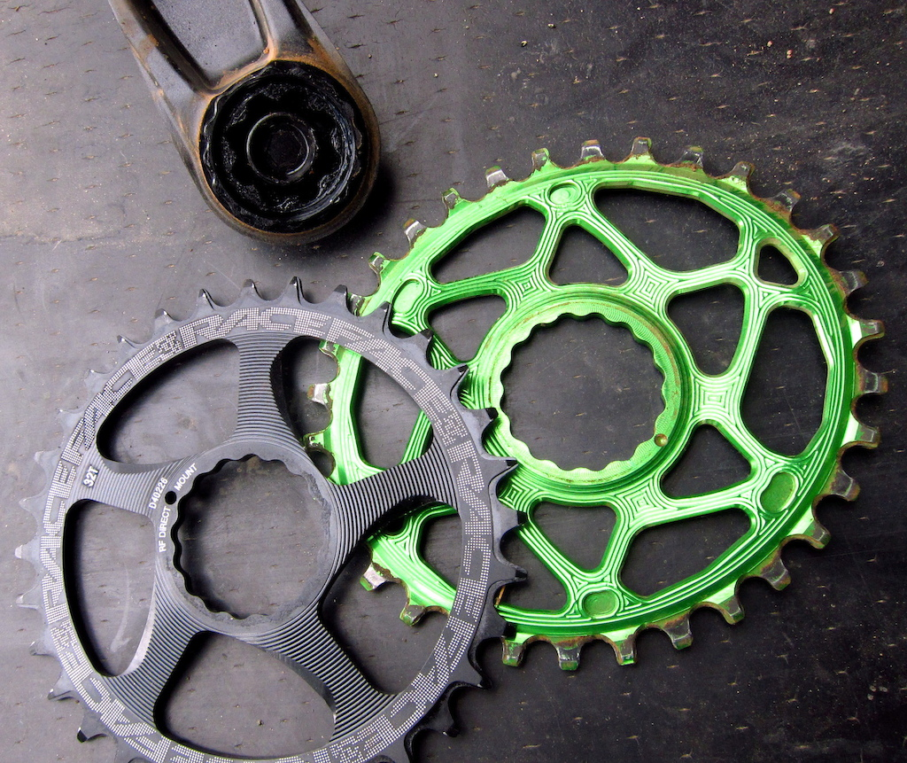 Race Face Cinch direct mount chainrings Absolute black oval and RF standard