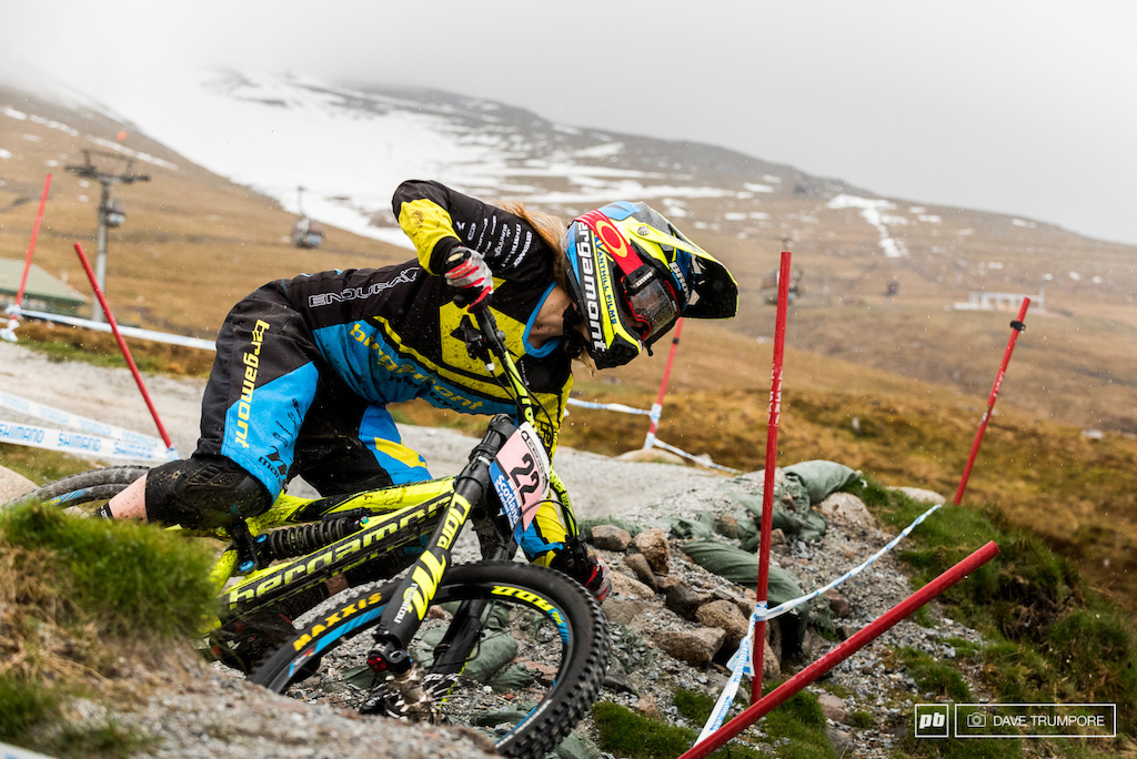 After a rough start to the season in Lourdes Casey Brown is looking fast here in Fort William. We all know she has the speed to get on the podium so long as she keeps it together in her race runs.