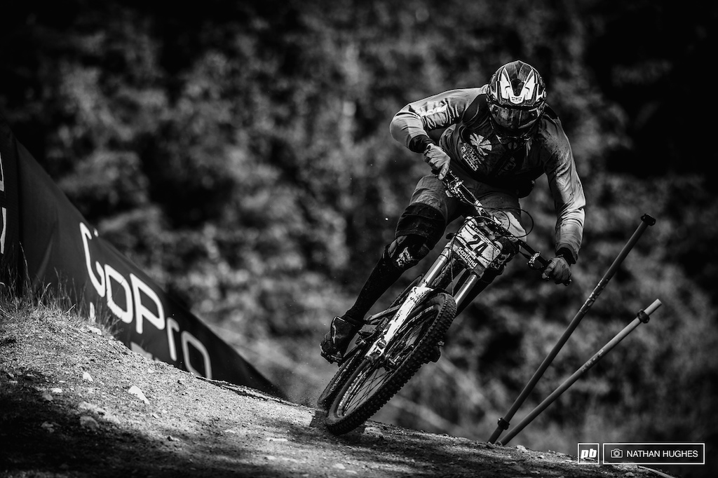 There were plenty of Frenchman fighting for top 20 spots this weekend... Of the challengers was youngster, Benoit Coulanges, of Roc VTT Oz-en-Oisans who charged into an incredible 15th place, just behind far more experienced countryman, Florent Payet.