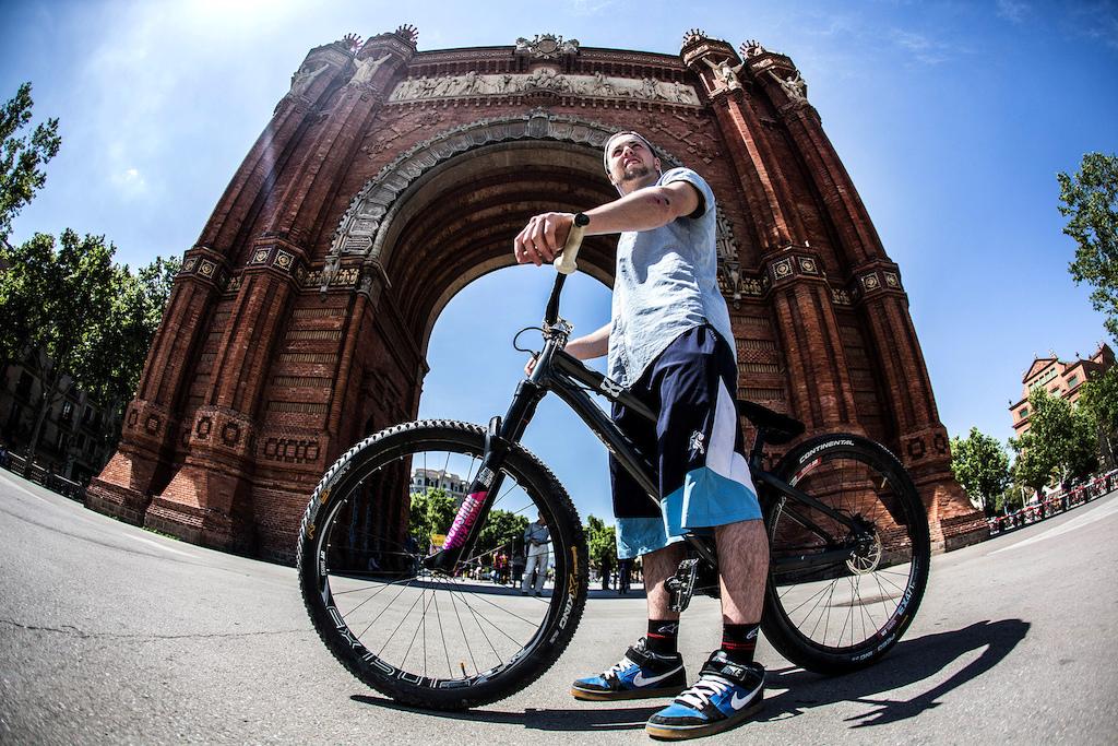 Nicholi Rogatkin Takes On Barcelona