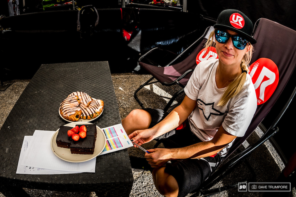 Tracey Hannah tried to keep it a secret that it was her birthday today but the Polygon UR team surprised her with with the closest thing to a birthday cake they could find in Leogang.