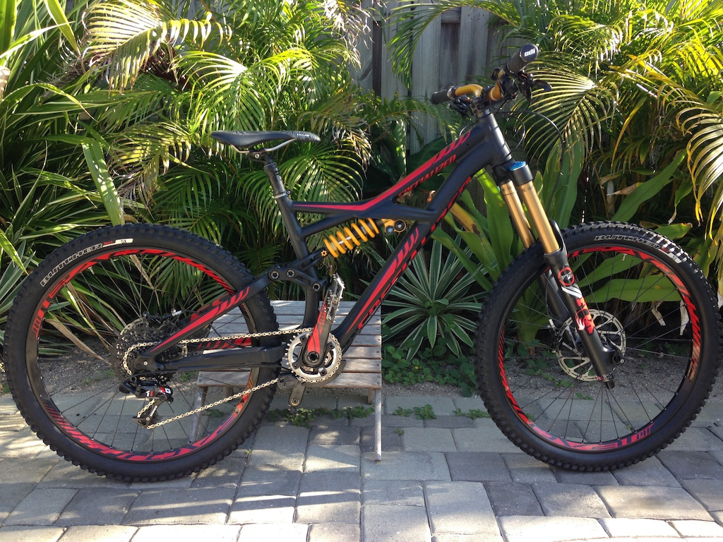 2014 Enduro Expert Evo (Medium) Like NEW