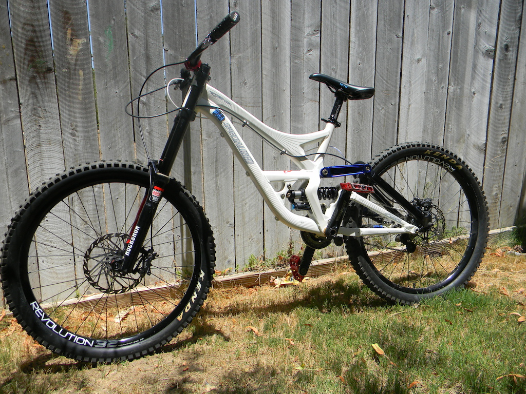 Picked up a specialized demo 7 today sad to say the rm7fr is going to have to go though.