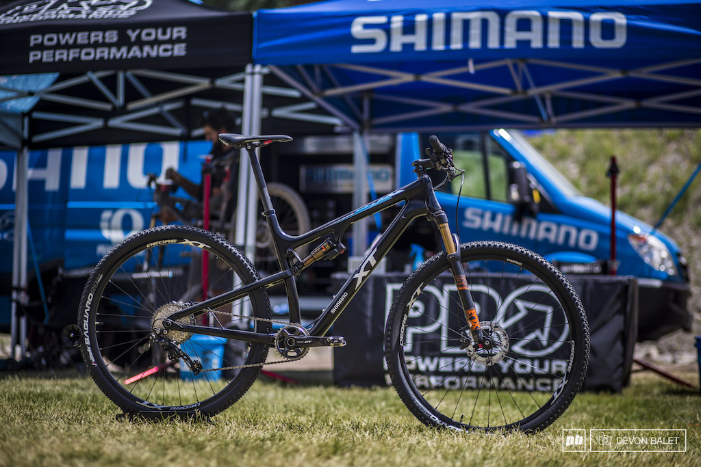 Shimano just recently released the new XT 11 speed group. Two lucky racers will be winning a full XT groupo at the last race of the season.