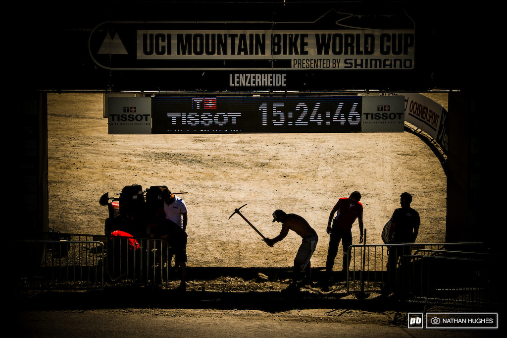 The last of the hard labour in motion as the clock ticks towards Lenzerheide kick-off.