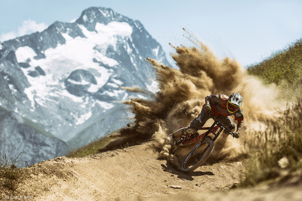 Well, first day testing the new camera one week before Crankworx.  Tracks are looking kind of dusty !