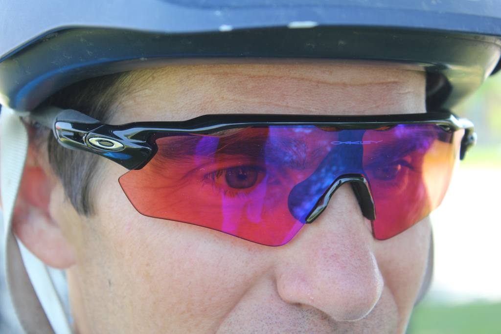 718b7d26f2 Oakley Radar EV Path Sunglasses - Review - Pinkbike