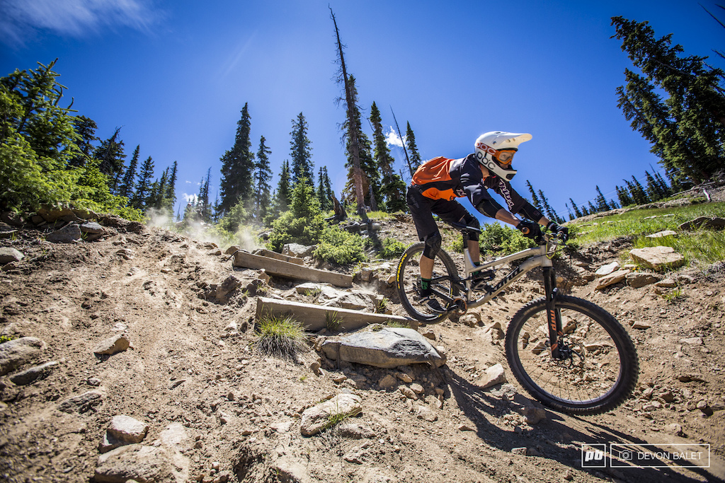 Flagstaff Arizona local Scott Countryman was having a stealer race going into the final day sitting well in the top 20. A rough stage six sent him off trail after his rear shox stopped functioning properly.
